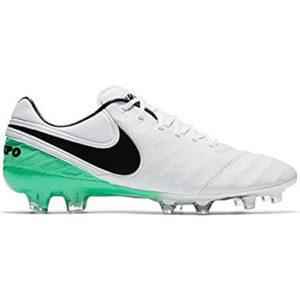 Fußballschuhe für breite Füße