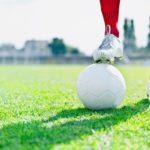 Wie muss ein guter Fußballschuh sitzen?